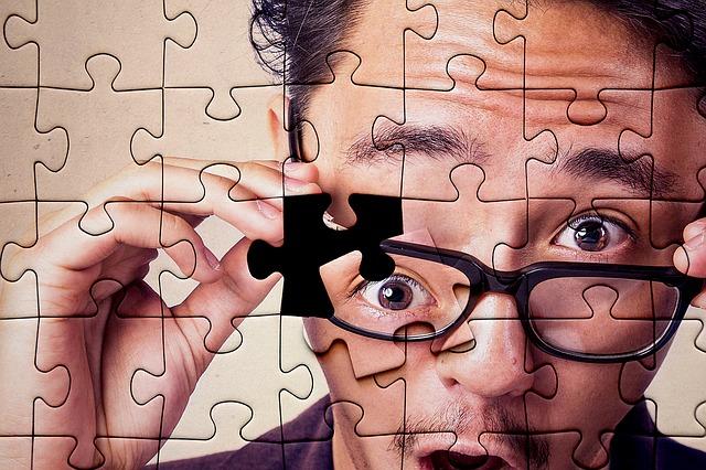 puzzle muž