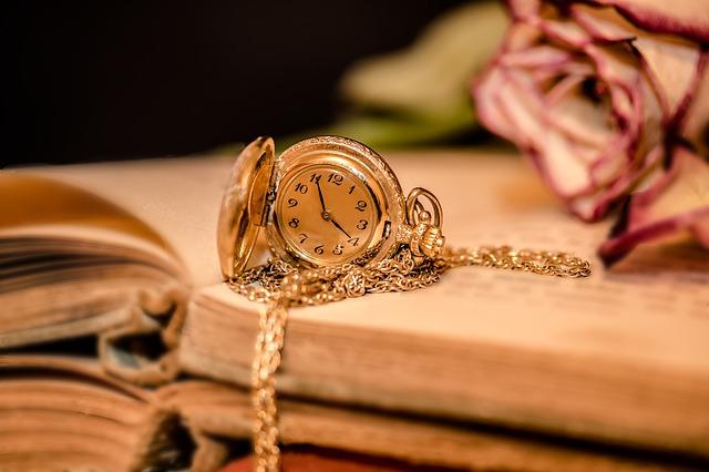 dámské kapesní hodinky