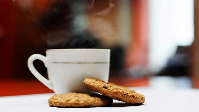 Káva a sušenky